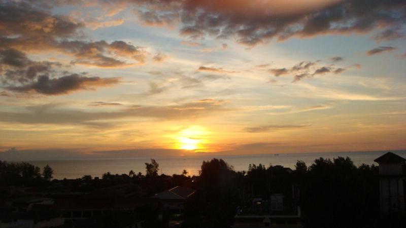 Sunset from balcony - Karon Hill Residence Luxury Seaview Condo on Phuket, Thailand - Karon - rentals