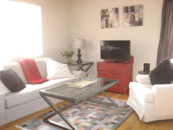 Comfy living room for watching TV, playing games or just relaxing... - Golf, hike, relax next to The Pointe Hilton! - Phoenix - rentals