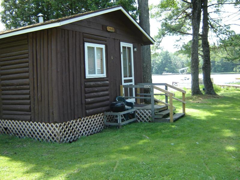 Lake Side Cabin 6 with great lake views! - Lake Side House Keeping Cabins - Rhinelander - rentals