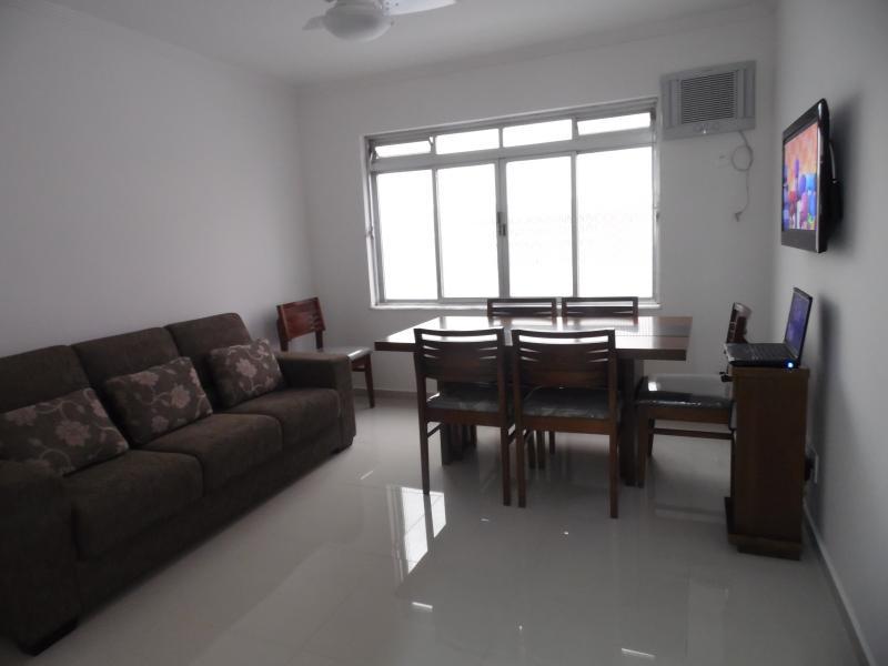 SALA - Ótimo apartamento quase na esquina da avenida da praia-3 quartos - Santos - rentals