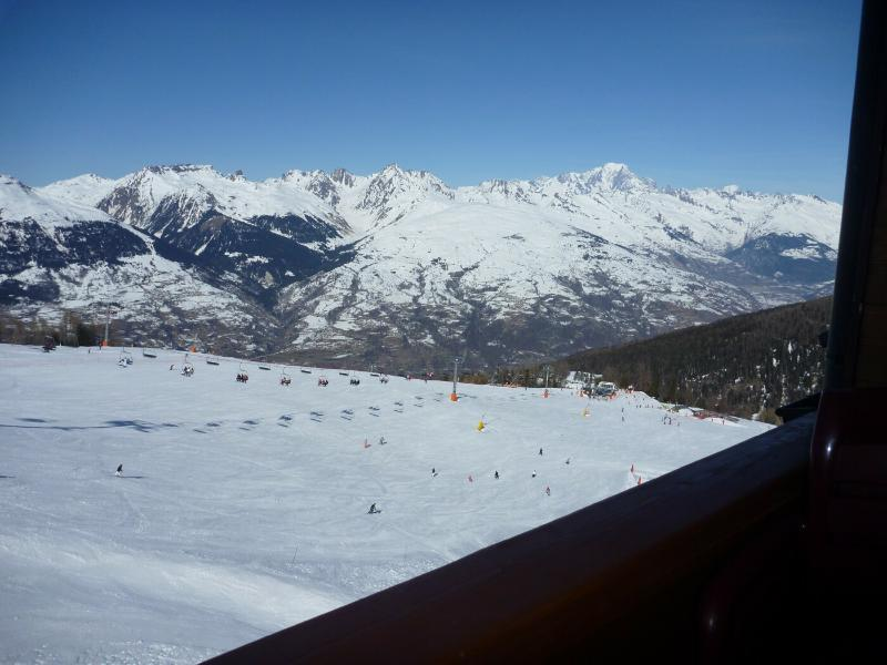 Winter view from balcony - 4* Duplex on the piste at 2000m - Savoie - rentals