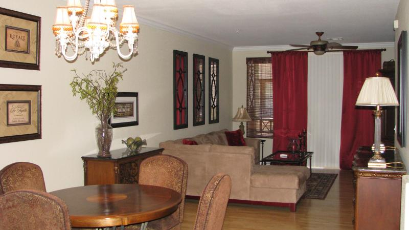 Living room and dining area - NEWLY LISTED!  Beautifully Appointed Townhouse!! - Phoenix - rentals