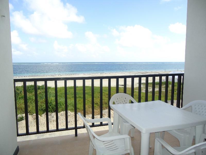 Balcony/terrace beach view - VELAS Brand new Beach front Ocean view Condo - Puerto Morelos - rentals