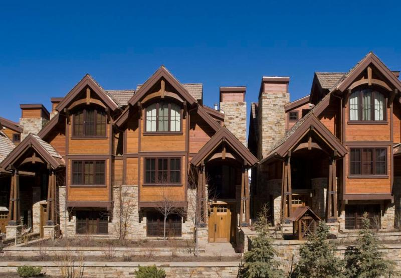 Luxury 6 bedroom, 6.5 Bath, Ski-In/Ski-Out Condo - Image 1 - Telluride - rentals