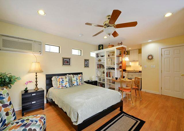 Comfortable Bed - Come Stay In South Austin- the Hippest of the - Austin - rentals