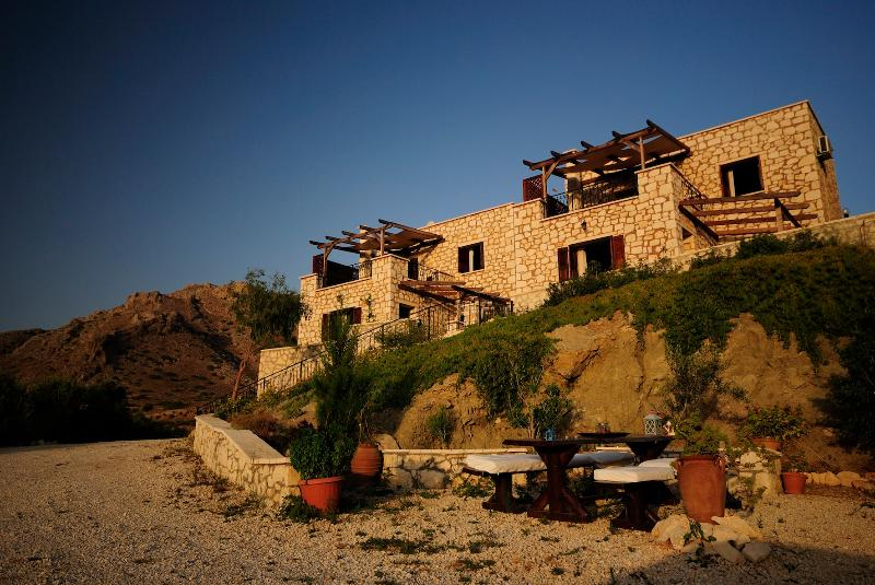 Traditional stone houses with panoramic sea view - Image 1 - Makry-Gialos - rentals