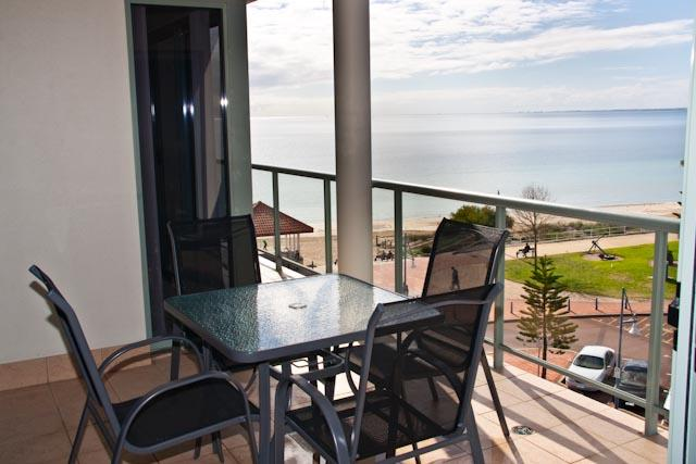 Balcony - Ocean View Apartment - Rockingham - rentals