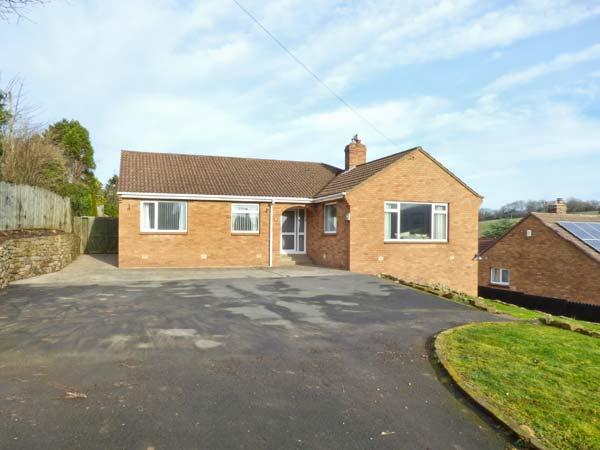 CHARNWOOD, fantastic location, five bedrooms, enclosed garden, in Sleights, Ref. 903654 - Image 1 - Sleights - rentals
