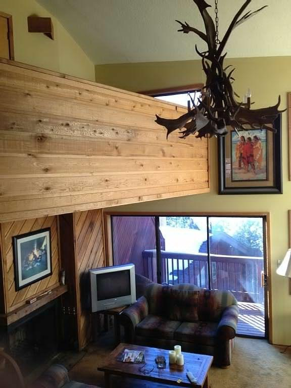 200 Meters To Skiing, In Village, Sleeps 7-12 - Image 1 - Angel Fire - rentals