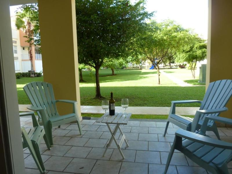 Relaxing garden view with no stairs and no hassle access to beach and pool. - Enchanting Garden - Steps Away from the Beach and Pool - Loiza - rentals