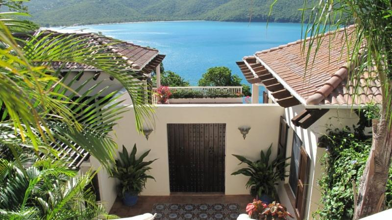 Casa Lupa - Ideal for Couples and Families, Beautiful Pool and Beach - Image 1 - Saint Thomas - rentals