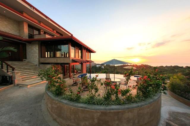 Orosz Estate - Villa 1: Villa Celaje - Montemar Estate -perfect for wedding and reunions! - Manuel Antonio National Park - rentals