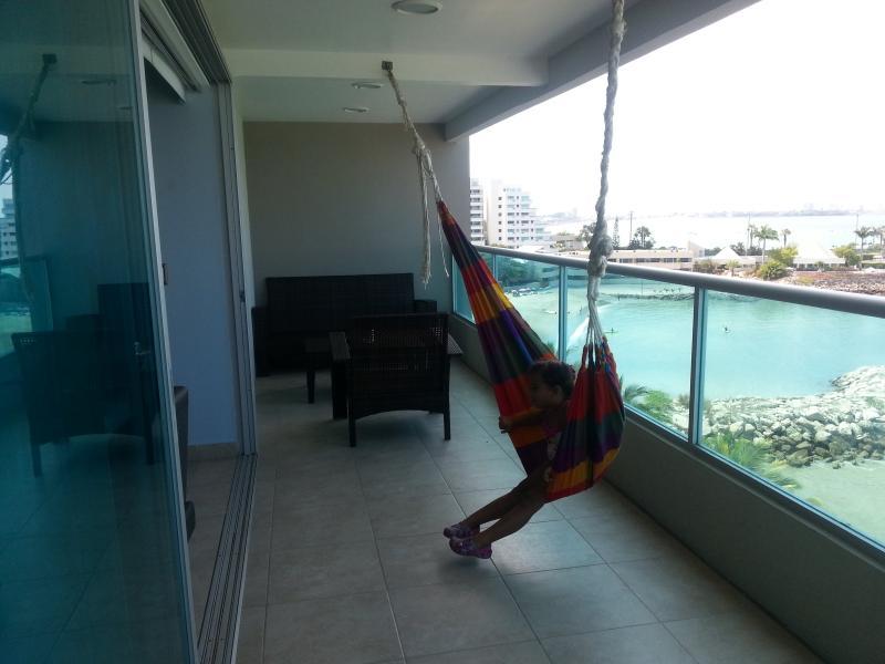 4 Bedroom Luxury Condo Beachfront Salinas - Image 1 - Entre Rios - rentals