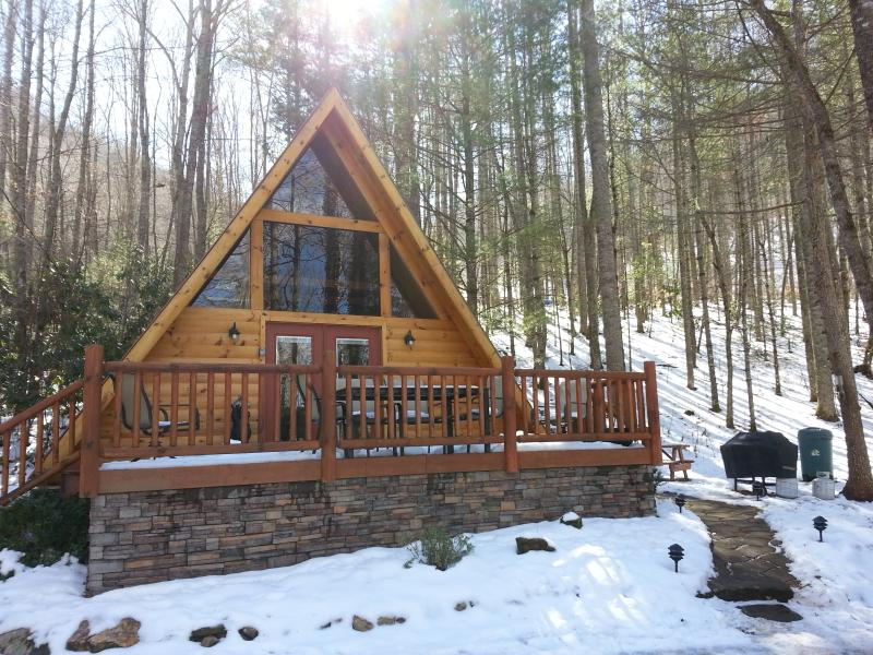 Winter time at the Little Cove - LITTLE COVE CABIN - COZY A-FRAME IN THE WOODS  (WIFI, HOT TUB, FIRE PIT, VIEWS)! - Sylva - rentals