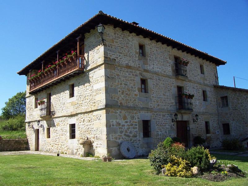 casa rural La Toba - Casa rural La Toba I y II - Bezana - rentals