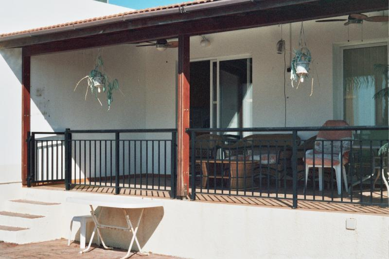 Balcony over looking the pool - Villamousikicyprus - Peyia - rentals