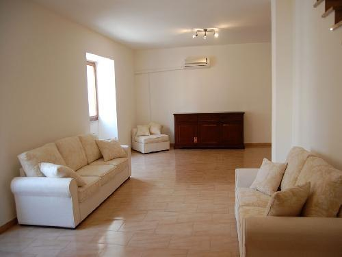 Living room - Elegant and spacious air-conditioned house in the center of the island of Sant 'Antioco, Sardinia - Sant Antioco - rentals