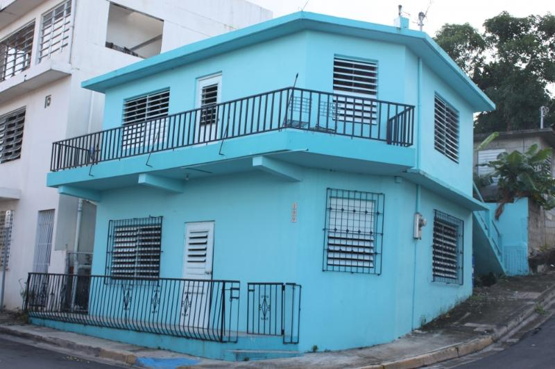Front of house - The perfect city beach house (Close to everything) - Isla de Vieques - rentals
