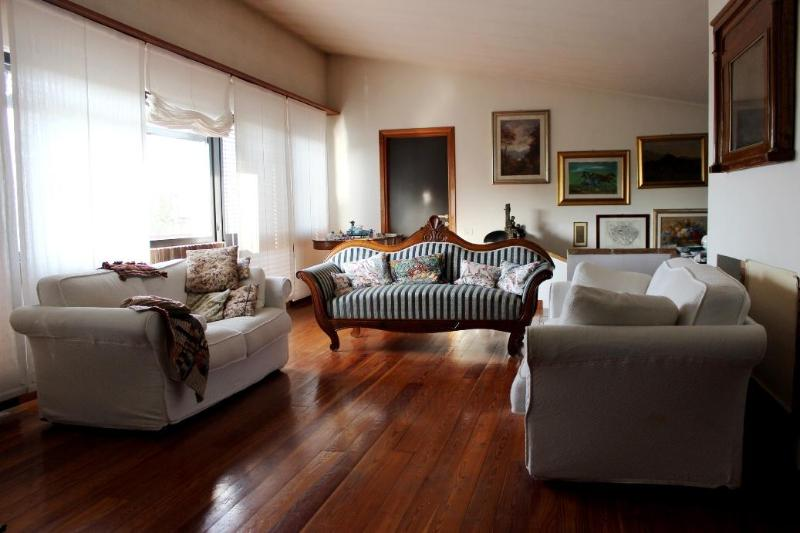 Upper Lounge - BEAUTIFUL VILLA WITH POOL - Viterbo - rentals