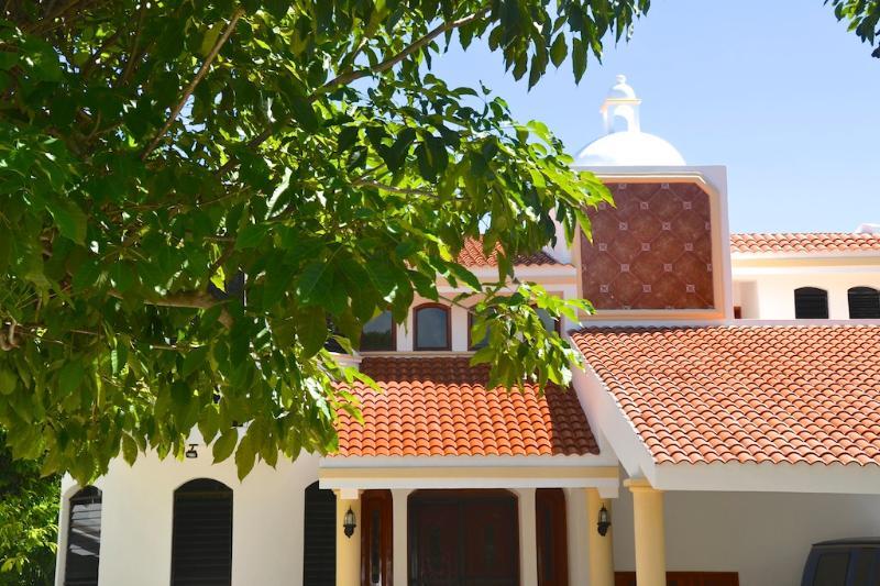 Front - WONDERFUL 2 min. walk to the beach. 4 Bedrooms - Playa del Carmen - rentals