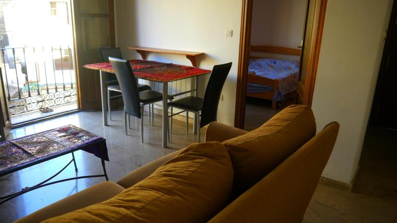 Living room - Cosy apartment at historical center of Granada - Alhambra - rentals