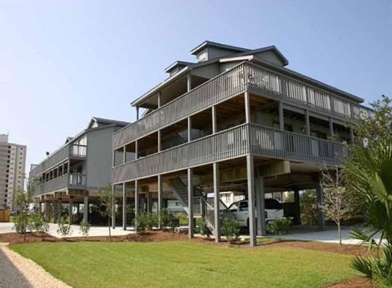Sandy Shores West Main Building - Gorgeous Remodeled West Beach Ocean & Lagoon Condo - Gulf Shores - rentals