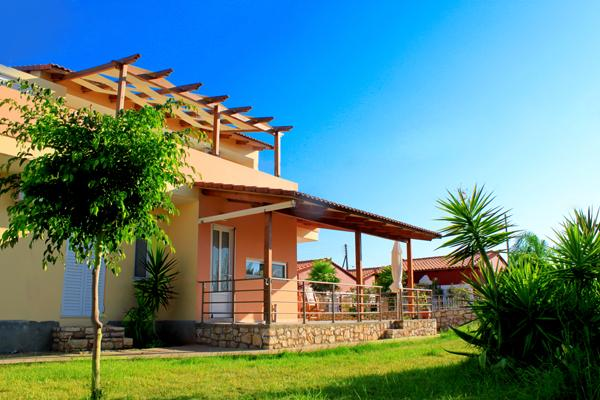 Exterior - 4 Bedroom Holiday Villa, Large Garden, Near Beach - Chania - rentals
