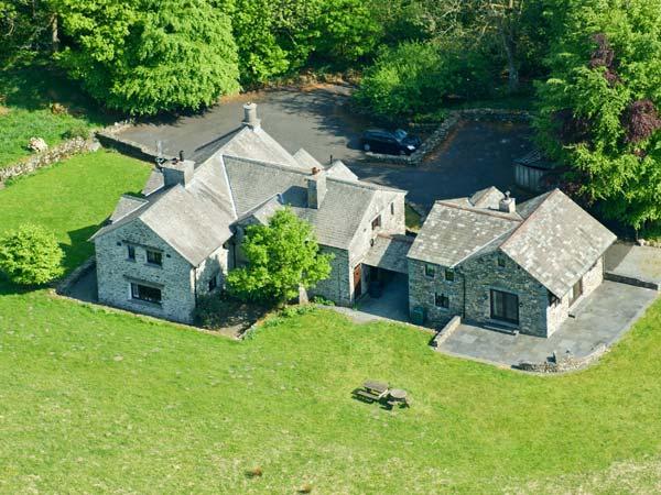 DEERHOLM, woodburners, WIFI, walks from the doorstep, fantastic family cottage, Ref. 31070 - Image 1 - Hawkshead - rentals