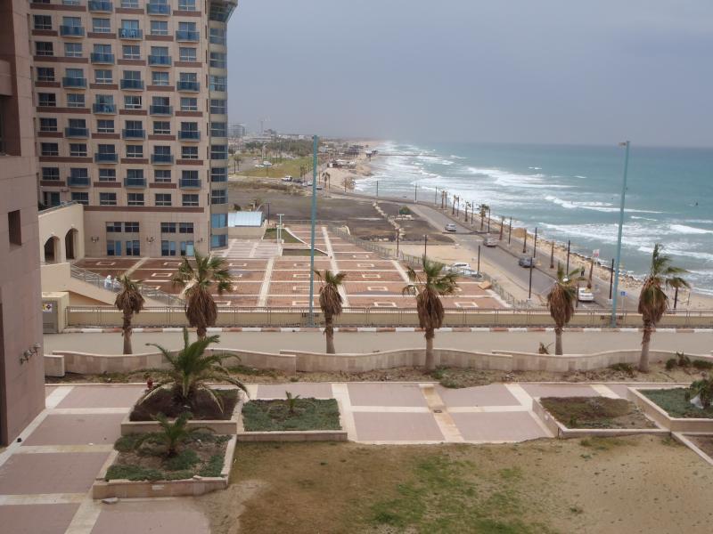 view - Marom HofHacarmel One Bedroom Apartment &Sea View - Haifa - rentals