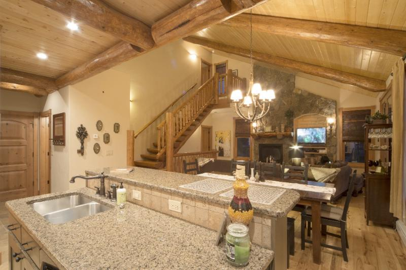 Beautiful rustic Cabin in a Mountain Setting! - Luxurious Cabin: Two Master Suites, Hot tub, Views - Winter Park - rentals