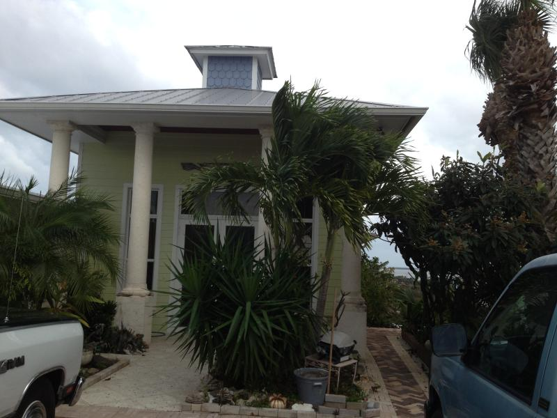 Front Entry - Million $$$ View Spacious and Conveniently Located - Jensen Beach - rentals