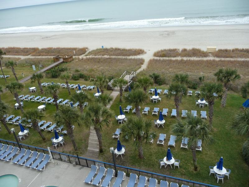 View from the balcony, grassy seating area - af2a6c2e-78d8-11e3-95f9-90b11c1afca2 - Myrtle Beach - rentals