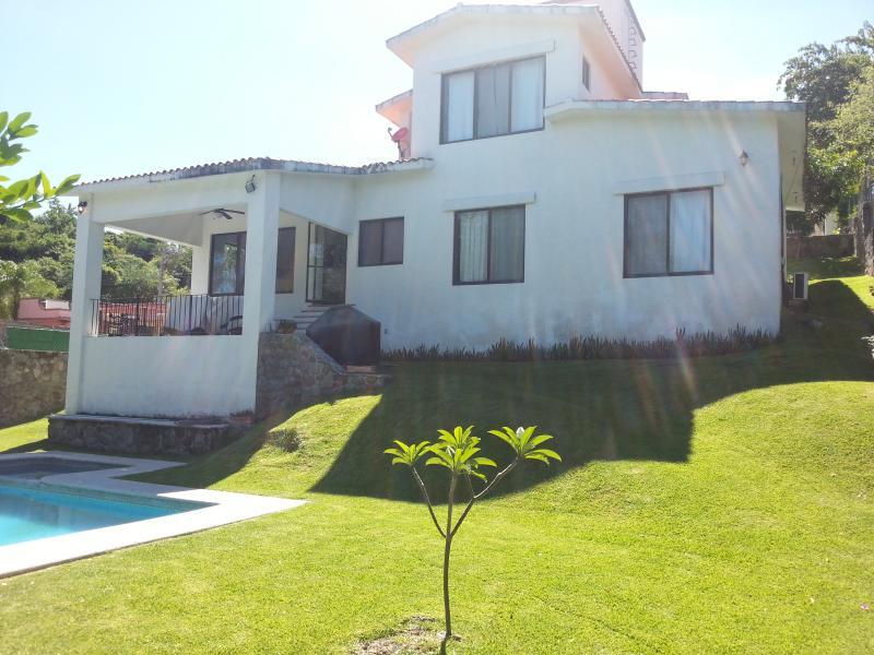 Golf,pool, fun and sun in Cuernavaca - Image 1 - San Jose Vista Hermosa - rentals