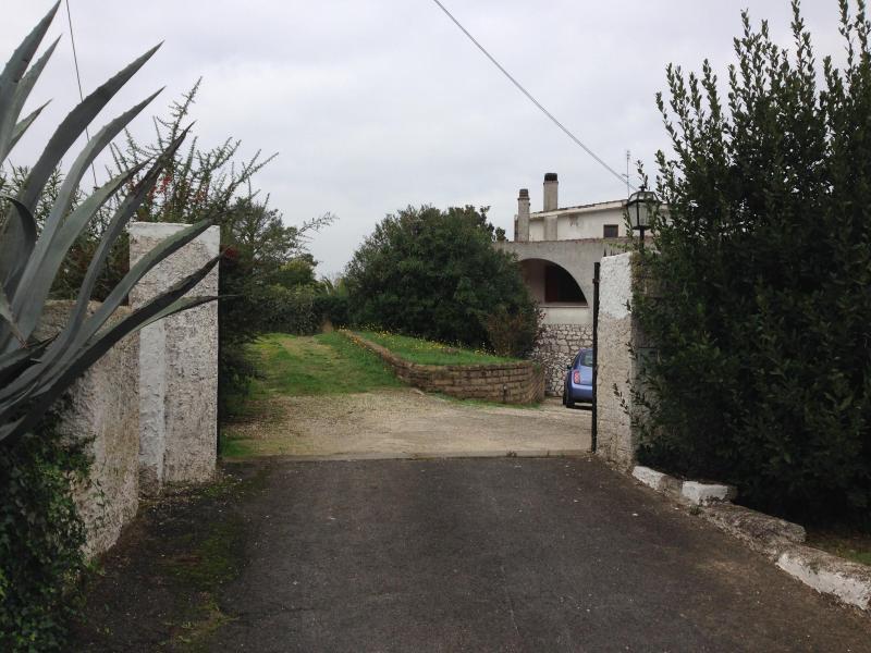 Portion of a villa in Rome - Image 1 - Fabrica di Roma - rentals