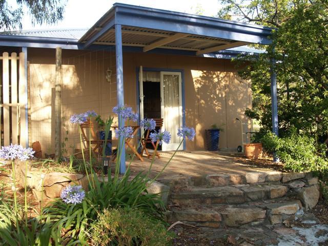 Front Entry Rose Cottage - Rose Cottage - Ballandean - rentals