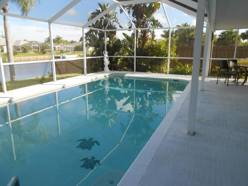 Sailboat Access w/ Heated Pool in Port Charlotte! - Image 1 - Port Charlotte - rentals