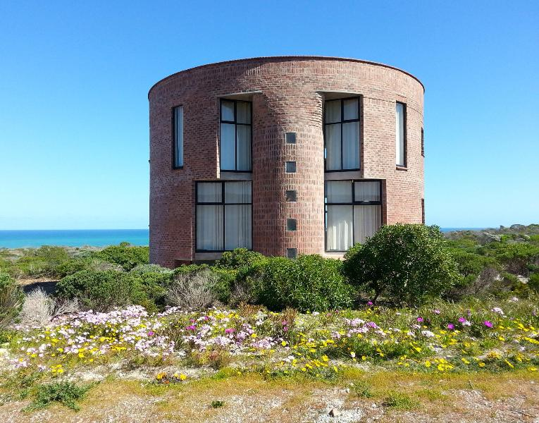 Front View of Casa Dos Milagres - Most Southerly Pearl on African Southern Hemisphere - Cape Agulhas - rentals
