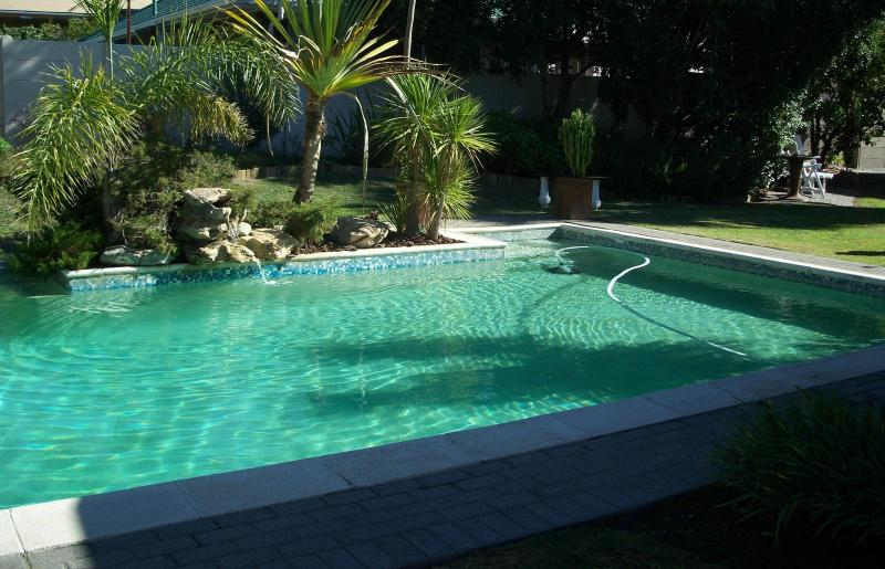 Swimming Pool - Afri-Khaya One Bedroom Apartment - Cape Town South Africa - Durbanville - rentals