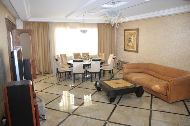 Fantastic Yspenskaya Club-House - Image 1 - Odessa - rentals