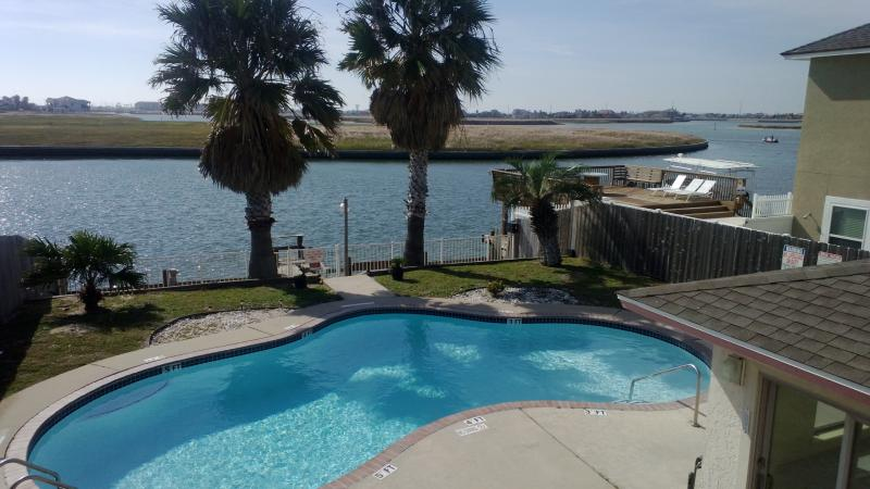 swimming pool - Affordable vacation get away !Close the beach.  wi - Corpus Christi - rentals