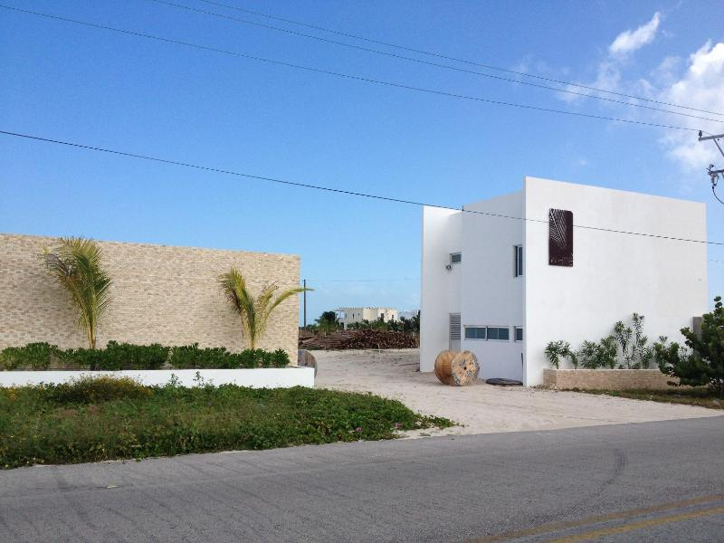 San Bruno White Entrance - San Bruno White, New house with pool! - Telchac Puerto - rentals