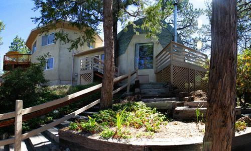 3 Bedroom plus guest house, 3 bath, sleeps 14, 3 wood burning stoves, views, views, views - Hilltop Haven - Idyllwild - rentals