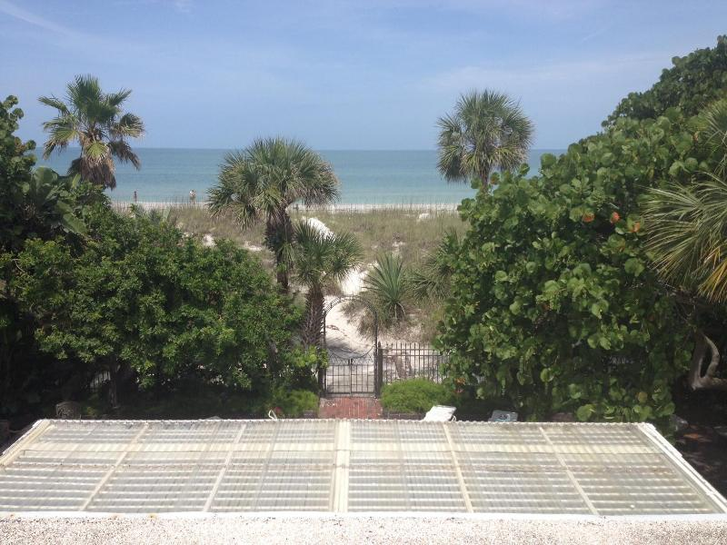 view from rooftop deck - PASS-A-GRILLE ST. PETE BEACH FL 2ND STORY APT WIFI - Saint Pete Beach - rentals