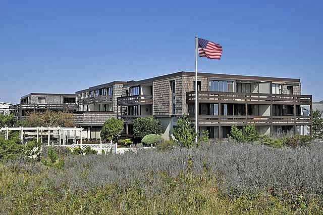 Whitebrier Beach Club 104330 - Image 1 - Avalon - rentals