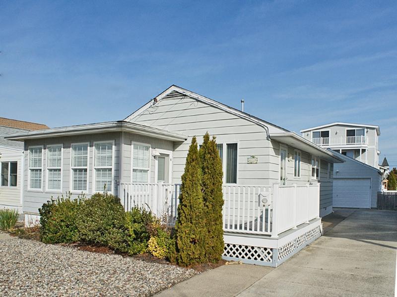 151 36th Street 102959 - Image 1 - Avalon - rentals