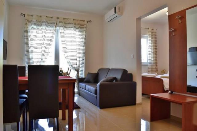 Apartments Matija - 29211-A5 - Image 1 - Pakostane - rentals