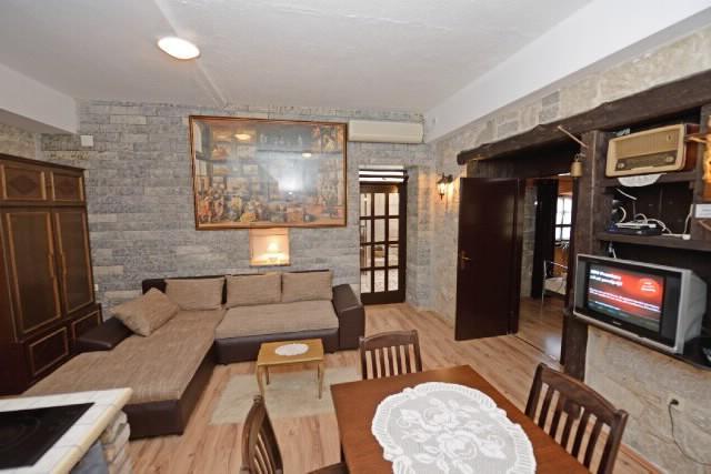 Rooms Elena - 38971-A1 - Image 1 - Split - rentals