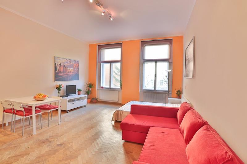 Orange apartment in city center - Image 1 - Prague - rentals