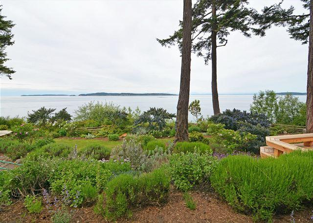 Picture Description - Sunsets over the Salish Sea on Orcas Island - Eastsound - rentals