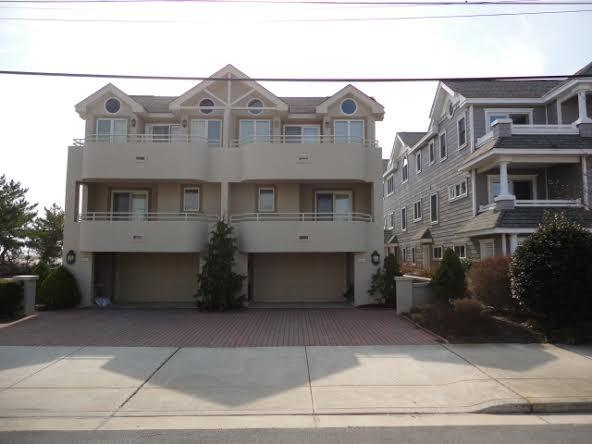 Facing the Beach - 2803 Wesley Avenue Townhouse 121995 - Ocean City - rentals